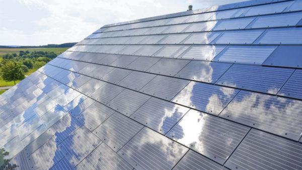 El nuevo proyecto de Elon Musk es crear el primer techo solar del mundo