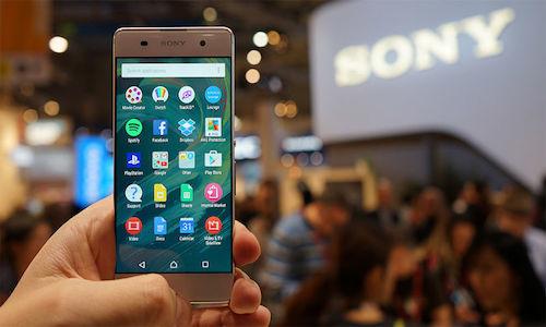Sony patenta un método que permite a un smartphone absorber energía de otro móvil