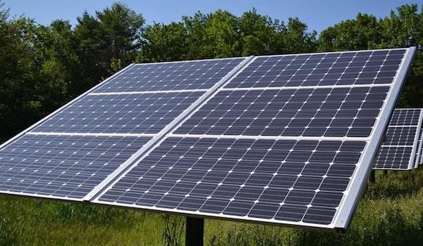 Un nuevo sistema autónomo para desalación y potabilización de agua con energía solar