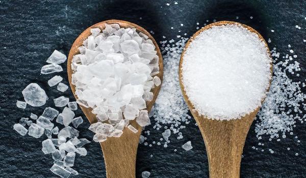 22 usos domésticos de la sal para la limpieza