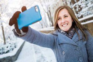 """Una inteligencia artificial detecta 11 tipos de emociones con solo """"ver"""" una selfie"""